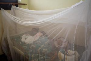 sleeping under nets to prevent sleeping sickness