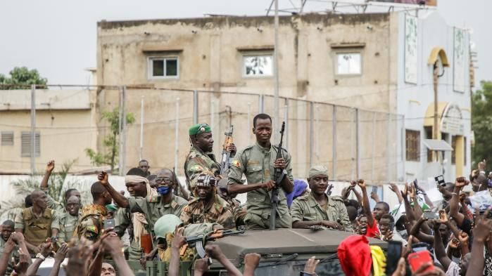 Military oust IBK