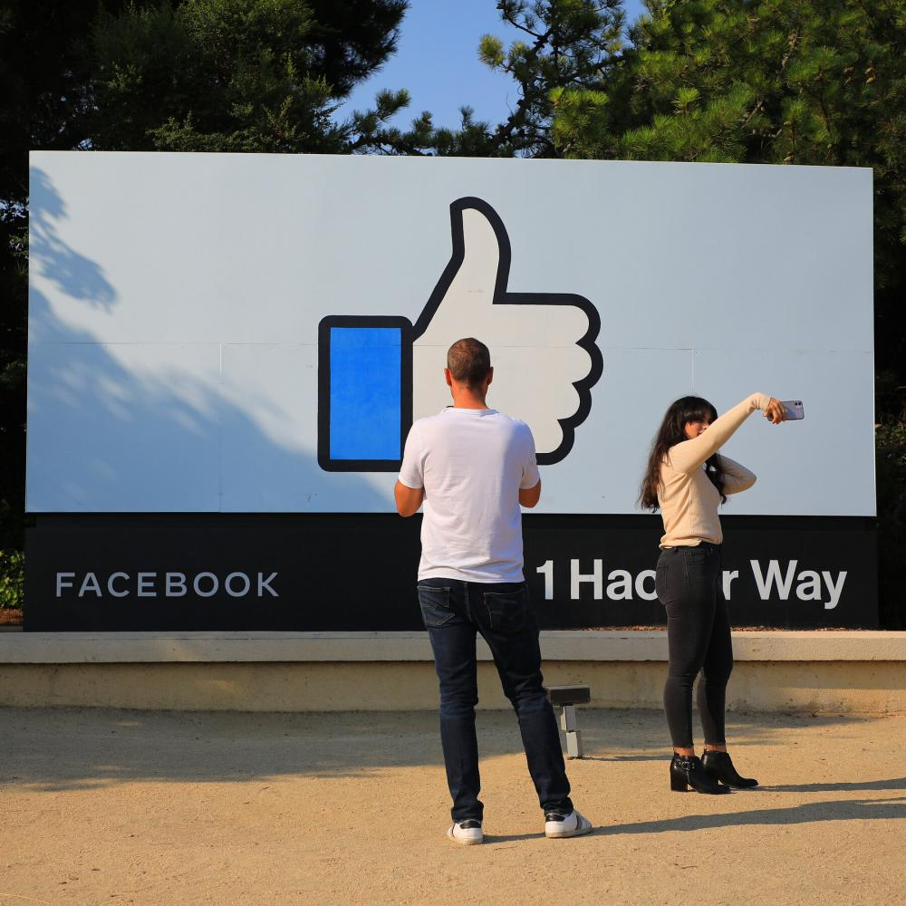 Facebook Dismantles Fake Russian, French Accounts Manipulating African Public Opinion