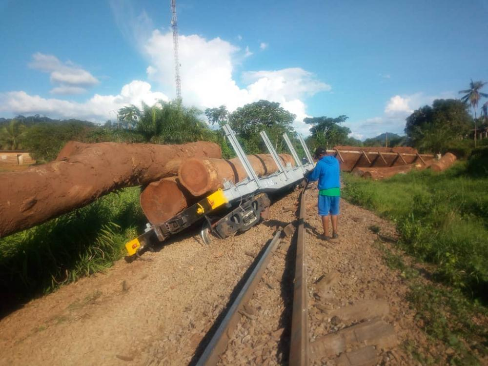 Incivility of residents along railway-Cameroon
